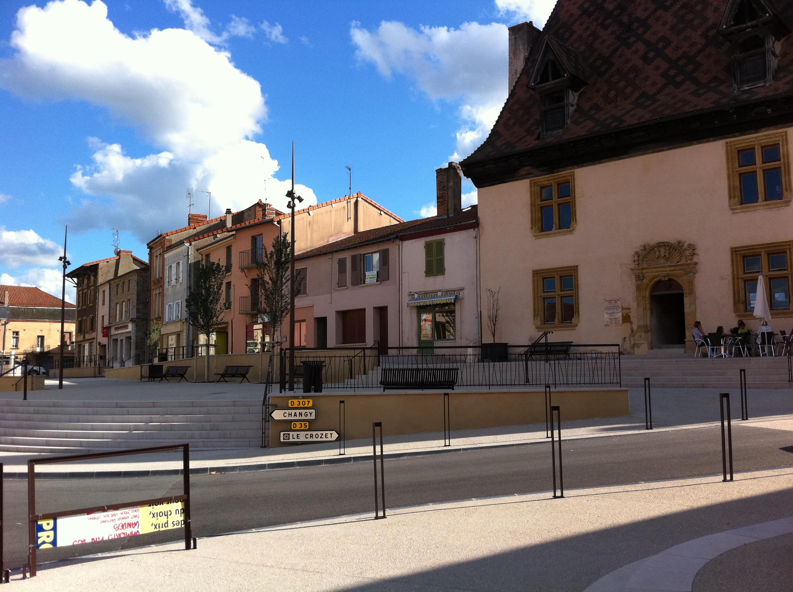 Place a La Pacaudiere