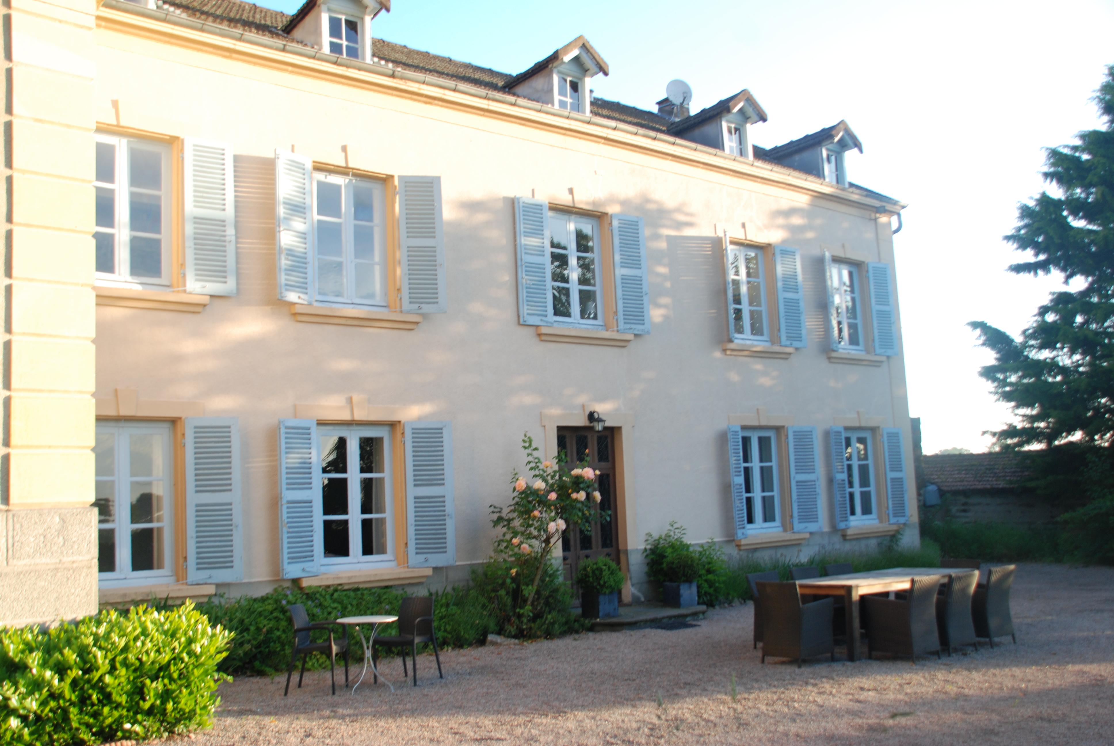Facade Maison Les Bardons